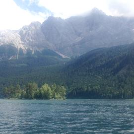 Eibsee unterhalb der Zugspitze